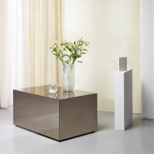 Bronzebord i spejlglas fra Specktrum. Tilfør en masse lys i din indretning med det smukke sofabord i spejlglas.